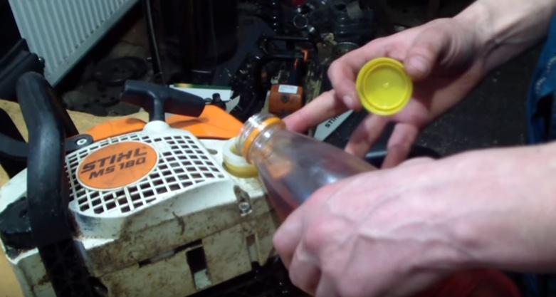 Залить топливо в бак